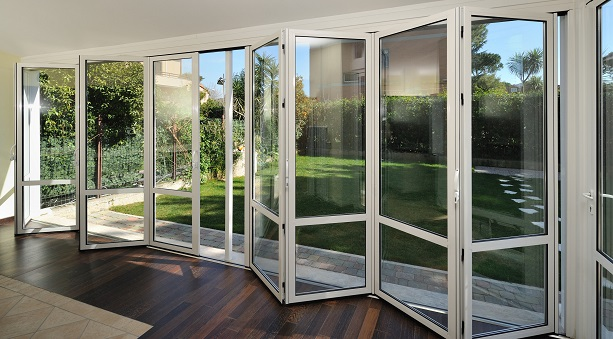Glass Folding Door System Movable Wall Systems Trw Family